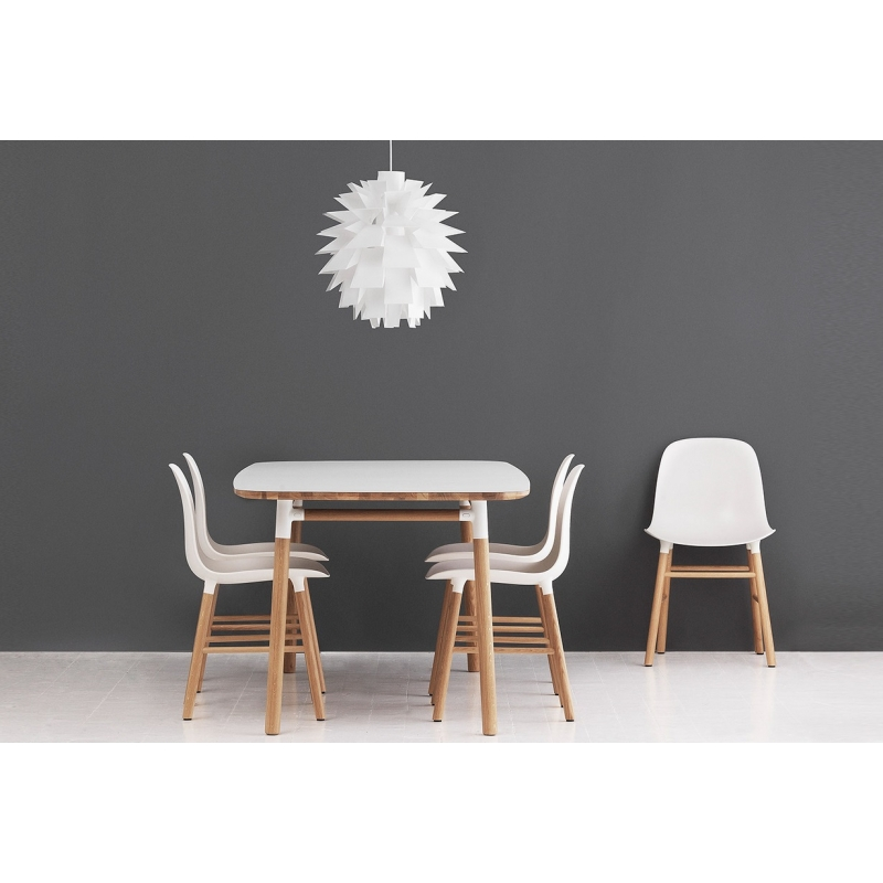 normann copenhagen stuhl form design simon legald weiss. Black Bedroom Furniture Sets. Home Design Ideas